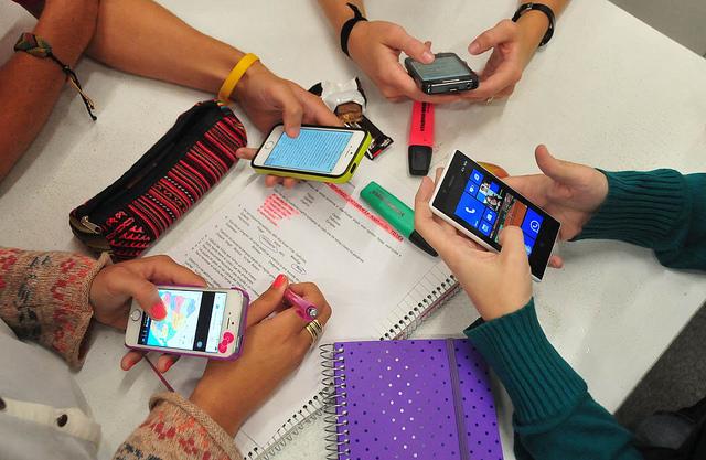 Resultado de imagen para aprender con tecnología es un derecho de niños